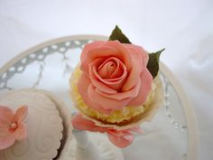 Pink Floral Mother's Day cupcakes by Cornelia