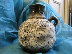 Ruscha 349 – Large Vintage Fat Lava Vase – 1960s German Pottery WGP – xtra Crusty – Black & White – Mid Century Brutalist Modernist Design von everglaze auf Etsy