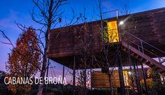 CABANAS DE BROÑA Las Cabanas de Broña son 4 cabañas de madera ubicadas a poco metros de la Playa de Broña.   CABANASISIO 1 habitación - mirador en tejado  +info