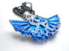 Legend of Zelda necklace - Hyrule's Royal Crest - Laser cut transparent bleu acrylic and mirror plastic Zelda pendant, par LaserCutJewelry