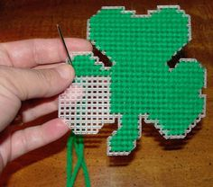 shamrock plastic canvas pattern