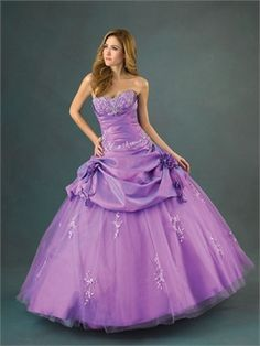 Ball Gown Sweetheart Neckline with Appliques Floor Length Organza Satin Quinceanera Dress QD1129 www.dresseshouse.co.uk £135.0000