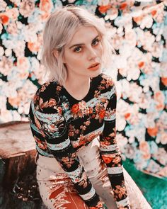 Lucy Boynton photographed by Carissa Gallo for Who What Wear (February Francoise Hardy, Lucy Boynton, Look Cool, Girl Crushes, Celine, Concealer, Actors & Actresses, Floral Tops, Beautiful People