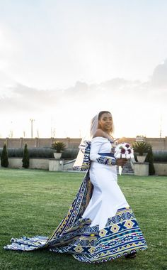 A Bohemian Themed Wedding In An Ndebele Dress African Wedding Theme, African Wedding Attire, African Attire, African Dress, South African Traditional Dresses, Traditional Wedding Dresses, Traditional Outfits, African Print Fashion, African Fashion Dresses
