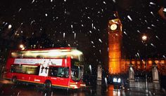 """CRU's forecast: UK winter snowfall will become """"a very rare and exciting event"""" Photo Top 10 Destinations, London Winter, Uk Europe, Winter Night, Event Photos, Global Warming, Westminster, Dream Vacations, Winter Wonderland"""