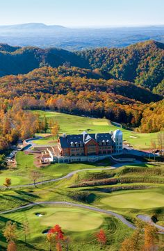 Many of America's best resorts cater to leaf peepers with special tours and programs that allow guests to enjoy awe-inspiring views and the crisp autumn air. Whether you're looking for guided fall foliage hikes, off-road Jeep excursions, or nightly bonfires, you'll find perfect fall activities at one of these top resorts in the U.S.