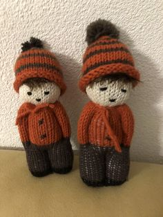 Double Knitting Patterns, Knitted Doll Patterns, Knitting Charts, Knitted Dolls, Knitting Toys Easy, Loom Knitting, Knitting Projects, Crochet Art, Crochet Toys