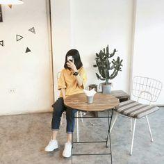 | Lấy = Follow | #Kye Ulzzang Fashion, Hijab Fashion, Korean Fashion, Girl Fashion, Fashion Outfits, Korean Girl, Asian Girl, Korean Best Friends, Casual Hijab Outfit
