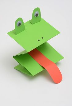 Frog paper puppet