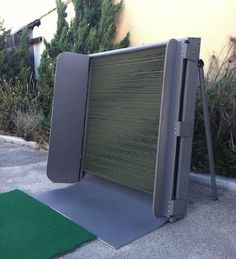 Swing Box Indoor/Outdoor Golf Practice Net - Very small footprint - Excellent visual feedback - Excellent Audio Feedback - Returns the Ball Fun to use, No Setup and Take Down after each Practice Session Golf Hitting Net, Golf Aids, Golf Practice Net, Golf Mk4, Golf Room, Golf Simulators, Golf Lessons, Play Golf, Golf Outfit