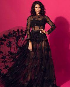 Fashion Alert: Samantha Akkineni looks sexy AF in a black sheer dress Samantha Photos, Samantha Ruth, Indian Actress Photos, South Indian Actress, Indian Actresses, South Actress, Bollywood Fashion, Bollywood Actress, Sheer Gown