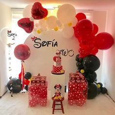 Image may contain: indoor Minnie Mouse Party Decorations, Girl Birthday Decorations, Girl Birthday Themes, Mickey Party, Mickey Mouse Birthday, Balloon Decorations, Minnie Mouse Theme, Ballon, Toy Story