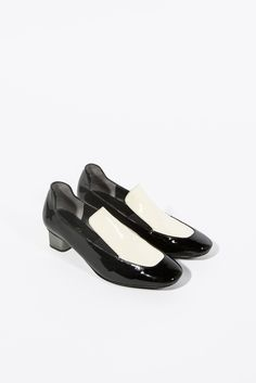 Patsy Loafer by Robert Clergerie #kickpleat #robertclergerie