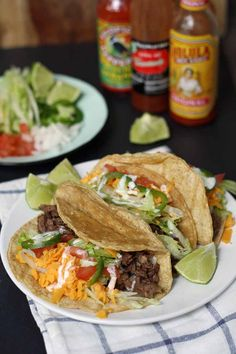 Grilled Arrachera Steak Tacos | www.honeyandbirch.com