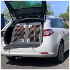 Peugeot 508 SW Estate (2014 - 2018) Dog Car Travel Crate- The DT 4 About the DT 4 The DT 4 is a great box for estate cars, Jeeps and SUV's and comes in three size options. The largest one (960mm) has two compartments with enough room for two medium to large dog. This crate comes with a removable centre divider which frees up more space if you need it. Our other DT4's (660mm and 500mm) have one compartment with enough room for one medium to large dog. The depth (900mm) and height (640mm) of… Pet Vet, Dog Crates, Stainless Steel Doors, Dog Car, Car Travel, Large Dogs, Cool Suits, Jeeps, Peugeot