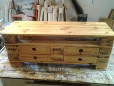 Tisch aus Paletten | Pallets, Upcycling and Pallet projects