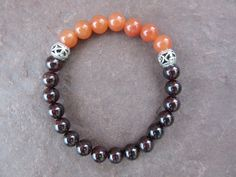 Handmade stretch bracelet natural red orange by CreationsJeiki
