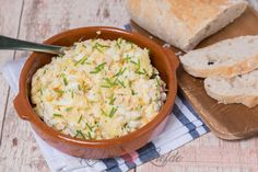 Best Potato Salad Recipe, Vegan Potato Salads, Creamy Potato Salad, Potato Salad With Egg, Southern Style Potato Salad, Classic Potato Salad, American Potato Salad, Bacon Spinach Salad, Tuna And Egg