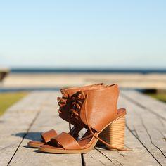 THEORA heel