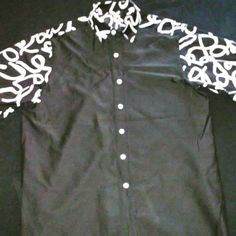 Short Sleeve Button Up Blk&Wht