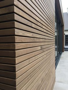 Thermo ash cladding - Façade cladding from Thermo Essen for a modern warm look. House Cladding, Timber Cladding, Exterior Cladding, House Siding, Facade House, Minimalist Architecture, Architecture Details, Modern Architecture, Wood Facade