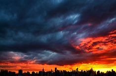 Stormy sky, New-York
