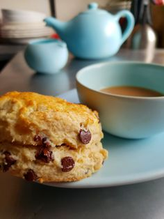 Delicious buttermilk scone studded with chocolate chips and crunchy hazelnut pieces. Chocolate Hazelnut, Dark Chocolate Chips, How To Make Scones, Scones Ingredients, Tray Bakes, No Bake Cake, Afternoon Tea, Easy Meals, Baking