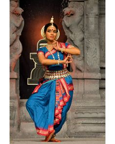 "51 Likes, 6 Comments - PhotonicYatra SN Photography (@suchitnanda) on Instagram: ""Odissi: Sonali Mishra, Bhubaneshwar Performance at Chidambaram Natyanjali Dance Festival 2015 held…"""