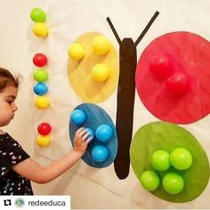 Who goes there with a small child coming on a school vacation? 😫 I have been researching some Montessori jokes to do at home with Heitor and … Preschool Learning Activities, Color Activities, Sensory Activities, Infant Activities, Kids Learning, Baby Sensory, Kids Crafts, Preschool Crafts, School Vacation