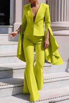 Suit Fashion, Look Fashion, Fashion Dresses, Womens Fashion, Fashion Design, Formal Fashion, Yellow Fashion, Classy Fashion, Colorful Fashion