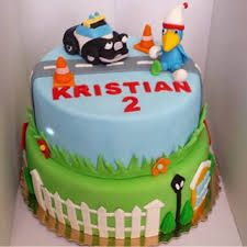 "Képtalálat a következőre: ""heroes of the city cake"" 1 Year Baby, City Cake, Birthday Parties, Birthday Cake, Fondant Figures, Desserts, Cakes, Kids, Dekoration"