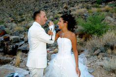 Robe de mariée courte devant et longue derrière en tulle bordé de biais de satin de la boutique dépôt-vente en robes de mariées Mariage en Rose.