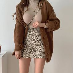 Teen Fashion Outfits, Edgy Outfits, Korean Outfits, Retro Outfits, Girl Outfits, Aesthetic Fashion, Look Fashion, Aesthetic Clothes, Aesthetic Outfit