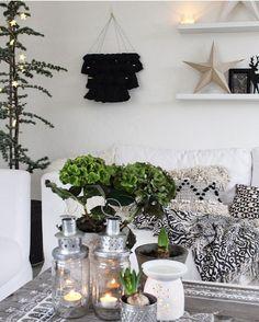 Trying to make these dark and cold evenings cozy #interior4all_xmas #interiør #decorsity #interiorinspirasjon #boho #homedetails #myhome #interior123 #interiorwarrior #lovecominghome #boheme #interior4all #interior_and_living #dream_interiors #homeadore #christmas #interiørmagasinet #scandicinterior #inspire_me_home_decor #noel #wohnen #vakreverden #nordikspace #dagensinterior #boligmagasinet #passion4interior #interior_delux #inspirasjonsguidennorge #interior_november #interior12follo...