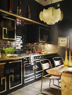 A Chat With Creative Sera Hersham-Loftus: London-Based Interior Designer — Seele Vintage Home Decor, Vintage Kitchen, Home Design, Global Design, Design Design, Interior Decorating, Interior Design, Decorating Games, Decorating Websites