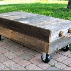 Pallet Furniture - Sidetracked Sarah