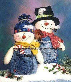 Denim Snowman and Snowlady Sock Snowman, Snowman Crafts, Christmas Projects, Felt Crafts, Holiday Crafts, Holiday Decor, Christmas Sewing, Christmas Snowman, Winter Christmas