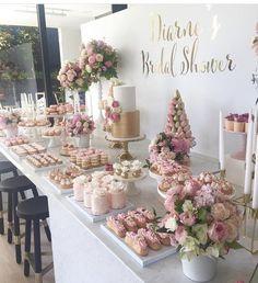 Bridal Shower Desserts, Wedding Desserts, Wedding Cakes, Wedding Candy Table, Birthday Decorations, Wedding Decorations, Dream Wedding, Wedding Day, 18th Birthday Party