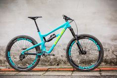 santa cruz nomad I think I might be in love!!