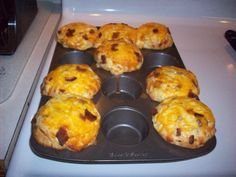 BACON AND EGG BISCUIT BAKES