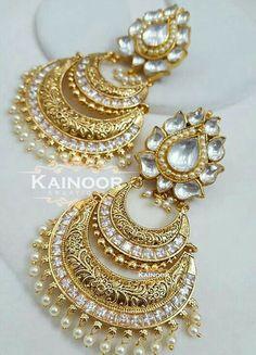 Buy discount women earings in Pakistan at Oshi. Book Online comport earings in Karachi, Lahore, Islamabad, Peshawar and All across Pakistan Indian Jewelry Earrings, Jewelry Design Earrings, Indian Wedding Jewelry, India Jewelry, Bridal Jewelry, Gold Jewelry, Antique Jewelry, Diamond Jewellery, Indian Bridal