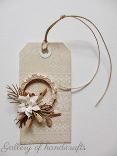 tag flower wreath - holliday knit stencil background - Tim holtz stencil - Gallery of handicrafts
