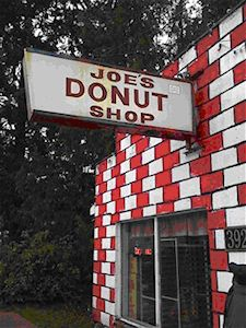 Ya gotta laugh about this post :) Could be Jone's Donut Shop in Sandy, Oregon. She's Leaving Home, Visit Oregon, Oregon Living, Home Id, Oregon City, Oregon Washington, Donut Shop, Sweet Memories, Weekend Trips