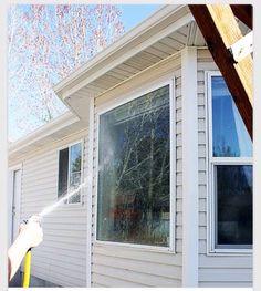 """ Homemade Streak- Free Window Cleaner"""