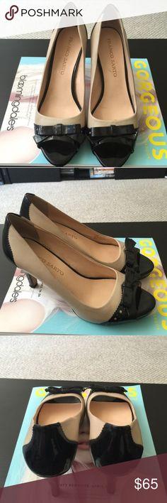 👠Franco Sarto👠 7.5 Heels 👠 Only worn twice, originally $125. Black & cream. Franco Sarto Shoes Heels