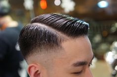 Shiny side part style + low bald fade Wavy Hair Men, Short Hair Cuts, Best Short Haircuts, Haircuts For Men, Gentleman Stil, Medium Hair Styles, Short Hair Styles, Gentleman Haircut, Hair And Beauty