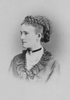 Princess Eugenia Maximilianovna of Leuchtenberg (1845 - 1925). She married her second cousin Alexander Petrovich of Oldenburg (1844-1932). The couple had one son.