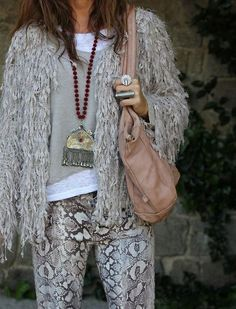 necklace, bag