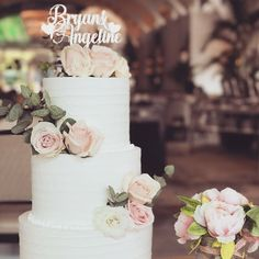 It's the season of weddings.  And if you do need anything for your wedding you know who to look for @kcottagestudio . .  @lynnscakessg . . #kcottagestudio #sgwedding #weddingguide #igsg  #weddingstyling  #sgig  #sgproposal #weddinginspo #weddingdecor #weddingdecoration #weddingdecorations #weddingideas #sgweddings #sgbrides #weddingflorals #weddingdetails #weddingstyling  #sgproposal  #sgbrides  #weddingblog #sgbakes #bakersofsgp #sgbakery #caketoppers #instabride #topper #proposal…