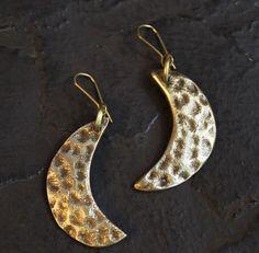 Big Crescent Earring – Noor Design